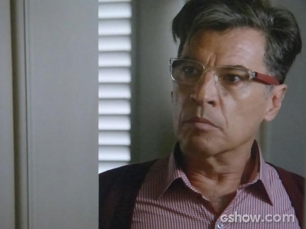 Téo ameaça jogar todos os podres de Cláudio no ventilador (Foto: Império/TV Globo)