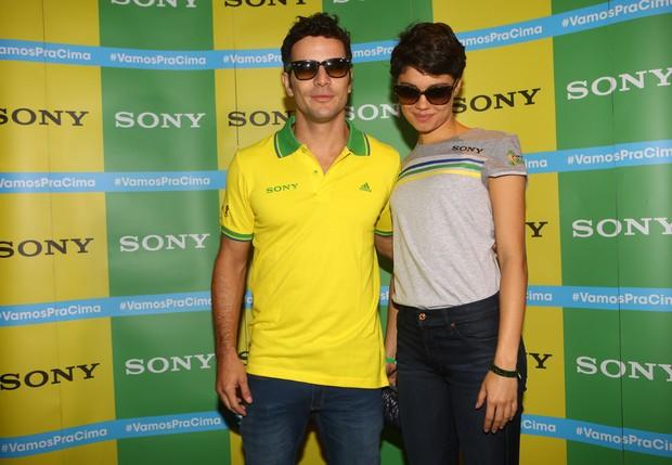 Daniel Oliveira e Sophie Charlotte (Foto: Iwi Onodera/ EGO)