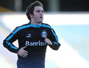 Mário Fernandes no treino do Grêmio (Foto: Lucas Uebel/Divulgação/Grêmio)