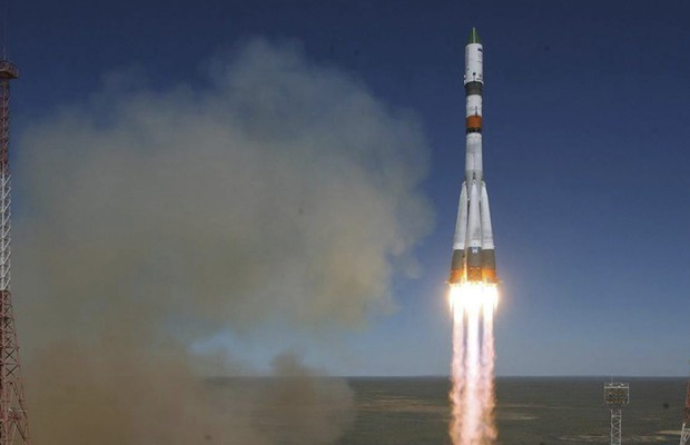 TOPO O lançamento da nave russa Progress M-27M (Foto: ROSCOSMOS/EFE])