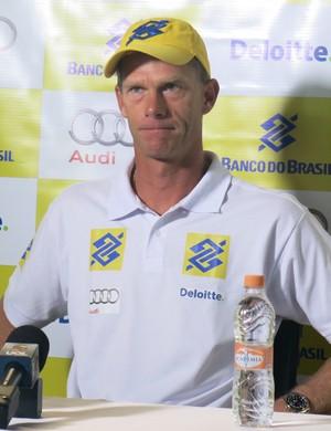 Robert Scheidt em entrevista coletiva após o Aquece Rio (Foto: Marcos Guerra)