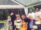 Justin Bieber canta no casamento de seu empresário e anima convidados