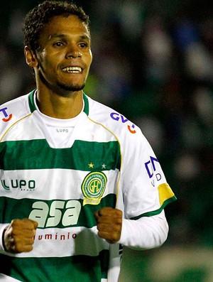 Fabinho guarani gol palmeiras (Foto: Gustavo Tilio / Globoesporte.com)