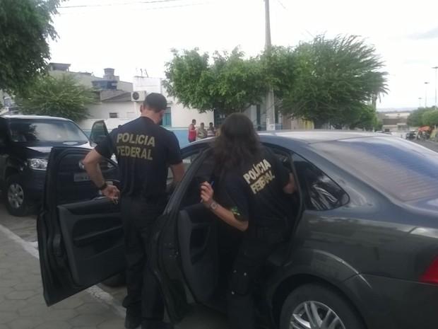 Mandados ocorreram em quatro cidades do Agreste (Foto: Amanda Dantas/Tv Asa Branca)