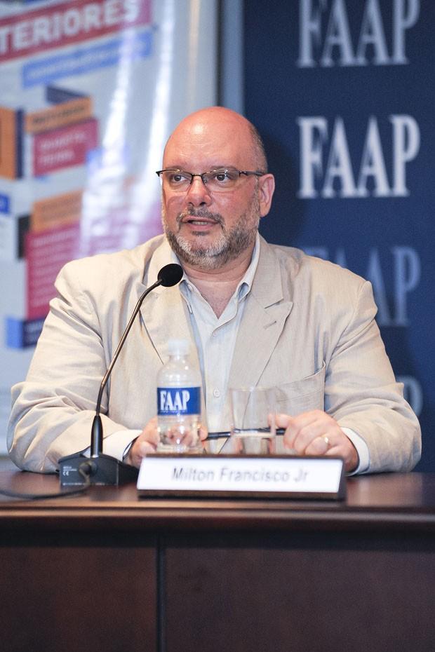 decoracao de interiores mercado de trabalho: Francisco Júnior coordena o curso de Design de Interiores da FAAP