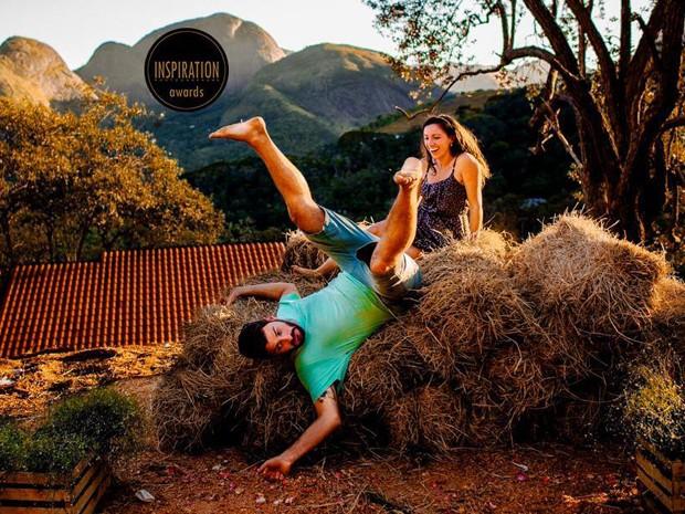 Foto divertida antes do casamento em Petrópolis rende prêmio (Foto: Rafael Vaz)