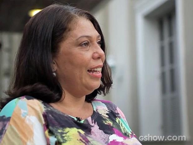 Maria Cristina pediu demissão de uma grande empresa e adotou uma menina que tinha 3 anos na época (Foto: Amor à Vida/TV Globo)