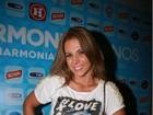 Carla Perez homenageia o marido, Xanddy, em camiseta