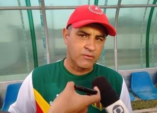 Marcelo Chamusca fala sobre Sampaio em jogo no Cardosão em Araioses (MA) (Foto: Afonso Diniz / Globoesporte.com)