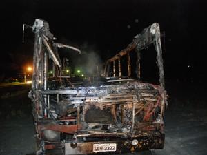 Depois de ataque em Agrolândia, subiu para 39 número de ônibus incendiados (Foto: Giácomo Miranda/Diário Alto Vale)