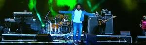 Som jamaicano do The Wailers põe terra do axé no ritmo do reggae (Reprodução/G1)