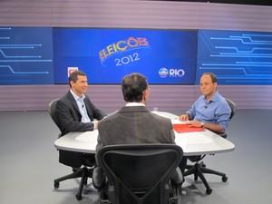 Felipe Peixoto (PDT) e Rodrigo Neves (PT) participam do debate no 2º turno das eleições de Niterói (Foto: Cristiane Cardoso/G1)