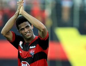 léo vitória-BA gol feirense (Foto: Felipe Oliveira / Agência Estado)