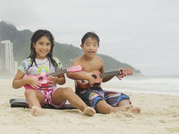 Crianças são fotografadas em momentos de lazer e diversão (Foto: Paula Moreira)