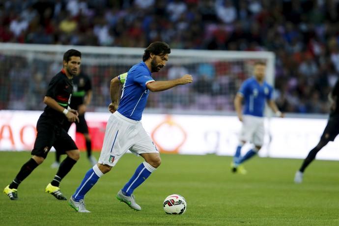 Pirlo Itália x Portugal (Foto: Reuters)