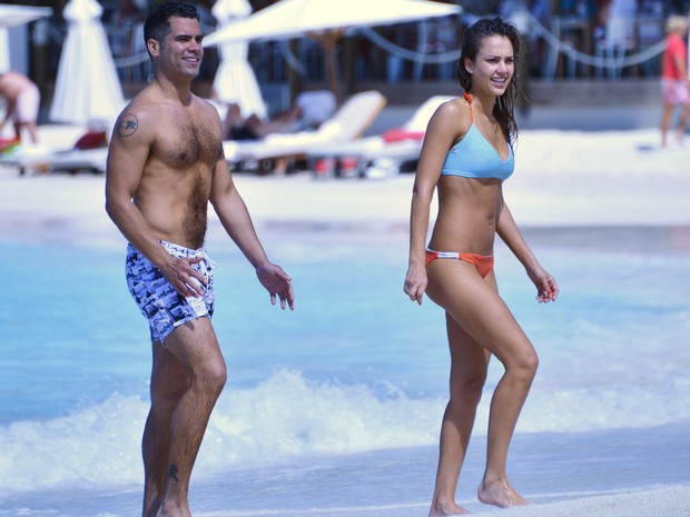 Jessica Alba e o marido, Cash Warren (Foto: Spread/X17online.com)