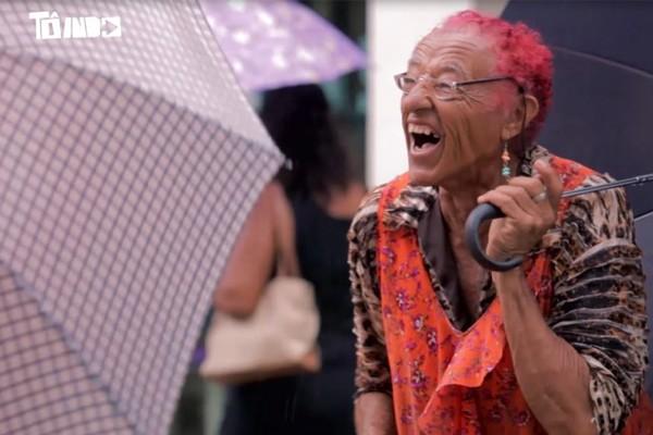 Seu Coró é vendedor ambulante em Ituiutaba (Foto: Divulgação   Tô Indo)