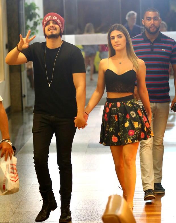 So love! O namoro de Luan Santana e Jade Magalhães, no maior grude  Blog