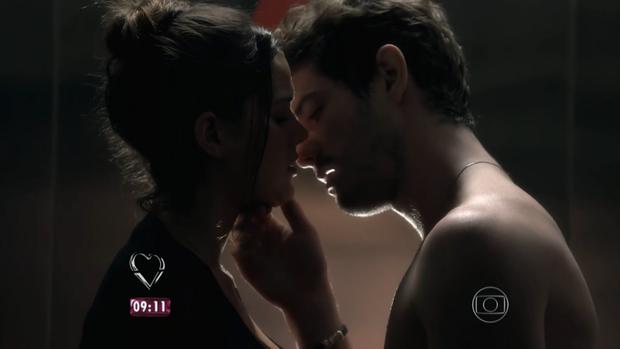 Bruna Marquezine e Mauricio Destri (Foto: Reprodução/ TV Globo)