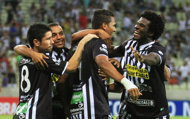 Ceará goleia CRB na Arena Castelão em estreia na Copa do Nordeste (Foto: Divulgação/Cearasc.com)