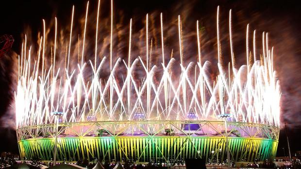 Brasil, Estádio Fogos, Olimpiadas, encerramento (Foto: Agência Reuters)