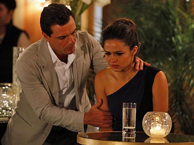 Morena tem certeza de que Jéssica foi assassinada (Foto: Salve Jorge/TV Globo)