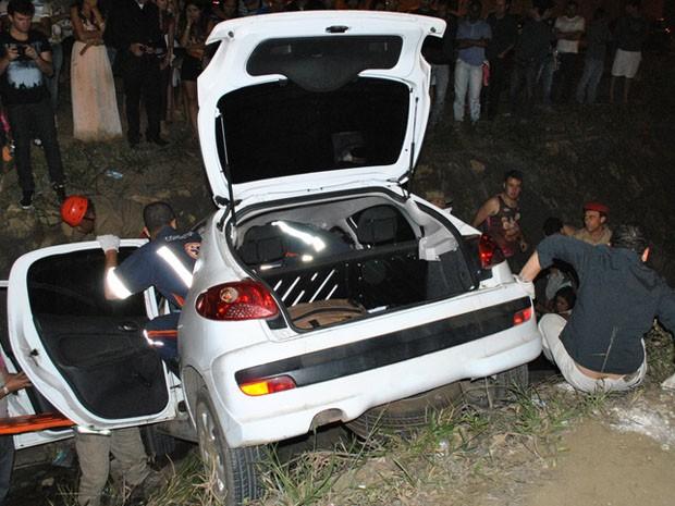 Seis pessoas ficaram feridas (Foto: (Foto: Anderson Oliveira / Blog do Anderson))