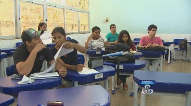 Alunos que ganham até um salário mínimo e meio entram na Lei de Cotas (Foto: Amazônia TV)