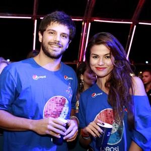 Ex-BBBs e atores curtem festival em SC (Itamar Aguiar, divulgação)