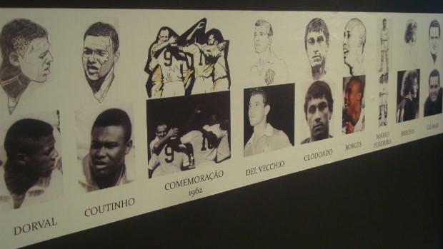 Exposição sobre pintura no muro do CT Rei Pelé - Santos (Foto: Bruno Gutierrez / TVTribuna.com)