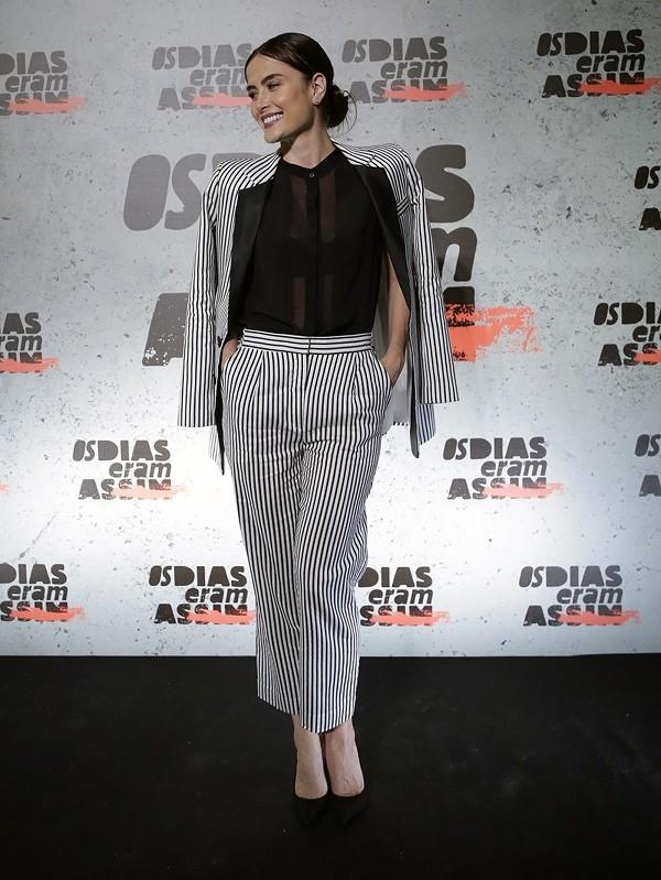 A atriz é chic e tem uma maneira muito particular de se vestir  (Foto: Divulgação TV Globo)