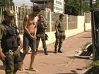 Assaltante que fez família refém no Aeroporto Velho é levado ao presídio