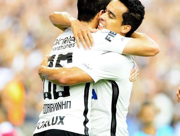 Corinthians x Botafogo-SP Rodriguinho Jadson