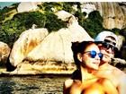 Paloma Bernardi posta foto com Thiago Martins e diz: 'Tô chegando Rio!'