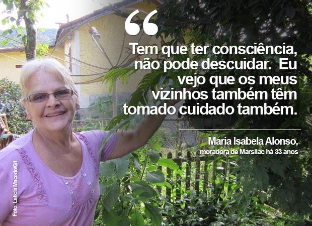 Moradora do bairro há 33 anos, Maria Isabela Alonso, de 57 anos, tem um amplo quintal florido, mas não deixa pratinhos embaixo das plantas. (Foto: Letícia Macedo/G1)