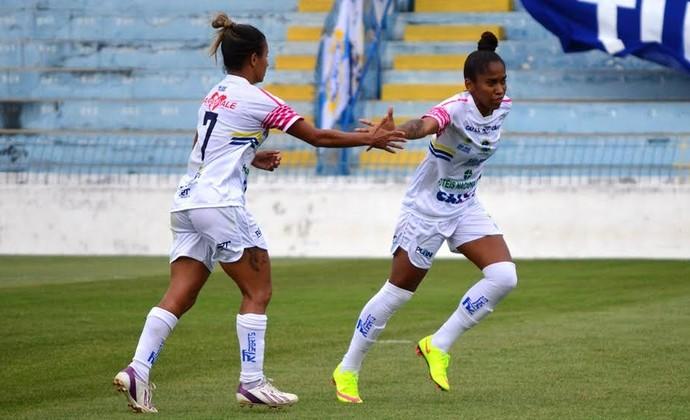 Chú São José Futebol Feminino (Foto: Danilo Sardinha / GloboEsporte.com)