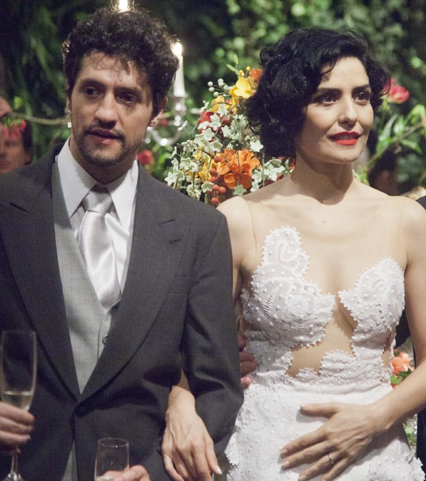 Fernando Alves Pinto e Letícia Sabatella (Foto: Marcelo Spatafora)