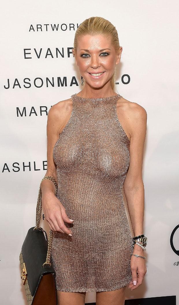 Tara e seu vestido revelador (Foto: Getty Images)