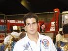 Enzo, filho de Claudia Raia e Edson Celulari, desfila na Beija-Flor