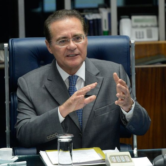 O presidente do Senado, senador Renan Calheiros (PMDB-AL), comenta as propostas da Agenda Brasil (Foto: Wilson Dias/Agência Brasil)