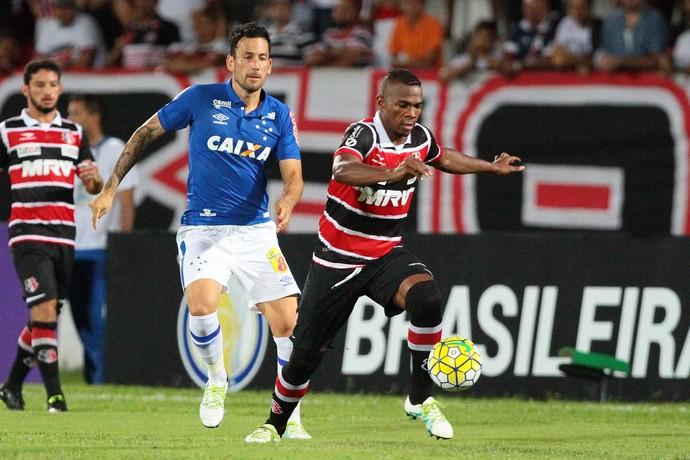 Santa Cruz x Cruzeiro (Foto: Marlon Costa / Pernambuco Press)