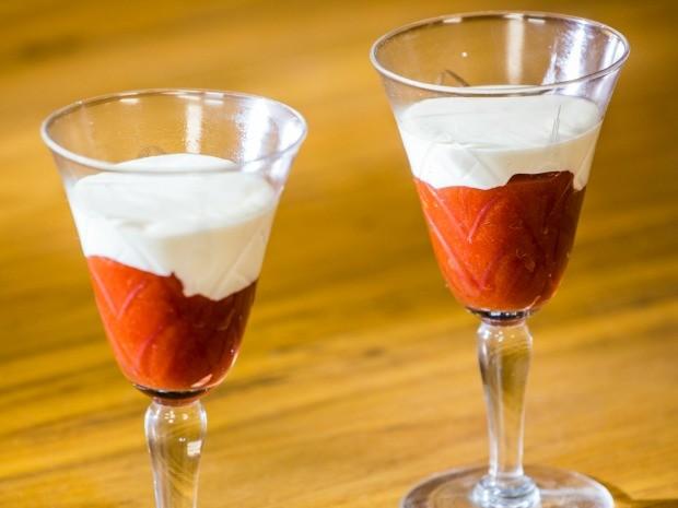 Aprenda como fazer a clssica sobremesa 'Romeu e Julieta' (Foto: Robert Schwenck)