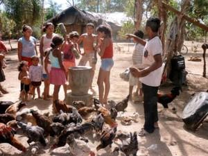 Família de Campos Lindos que corre o risco de ser despejada (Foto: Divulgação/CPT)