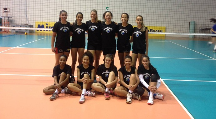 Seleção feminina juvenil de vôlei de Mato Grosso do Sul  (Foto: Divulgação/FVMS)