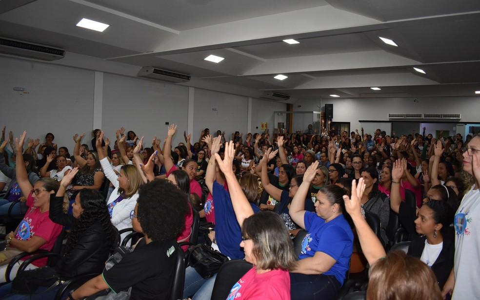 Professores decidiram pela suspensão da greve, em assembleia na terça-feira (Foto: Divulgação/ Simmp)