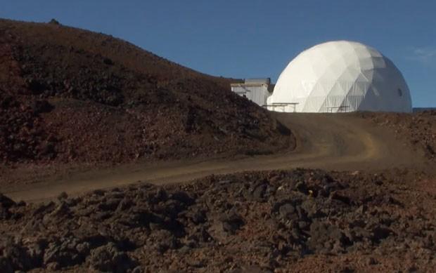 Após um ano isolado em vulcão, grupo diz ser possível viver em Marte (Foto: Reprodução/BBC)