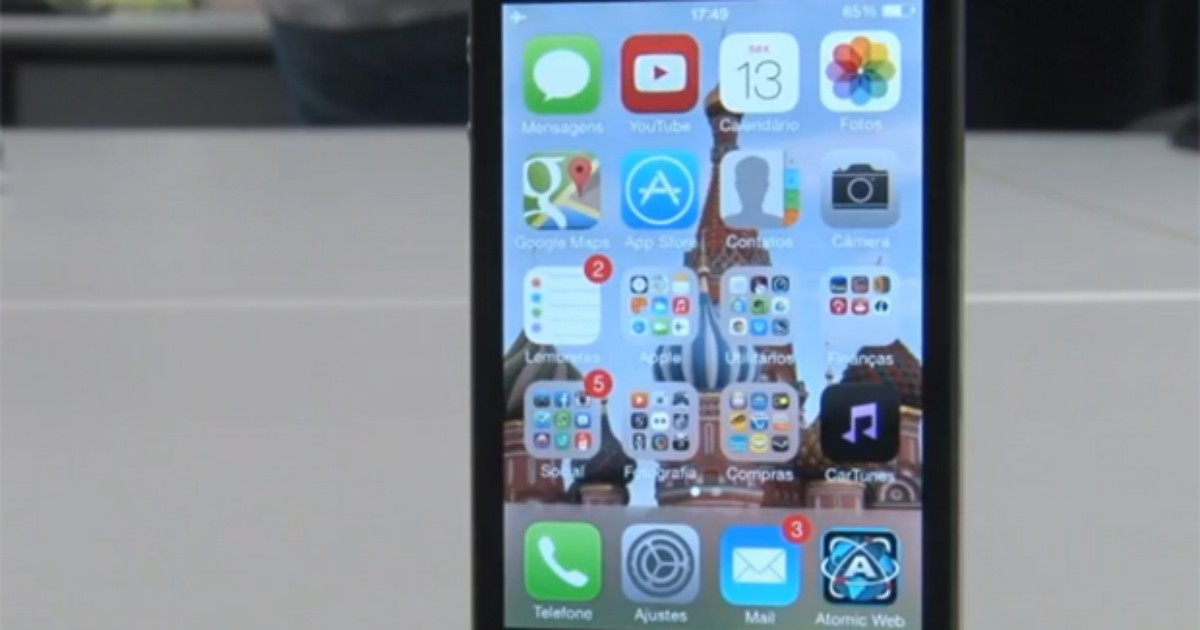 Falha no iOS 7 permite fazer ligação com iPhone bloqueado por senha