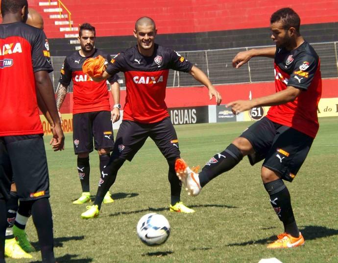 Jogadores do Vitória disputaram rachão, na manhã deste sábado, na Toca do Leão (Foto: Divulgação/E.C. Vitória)