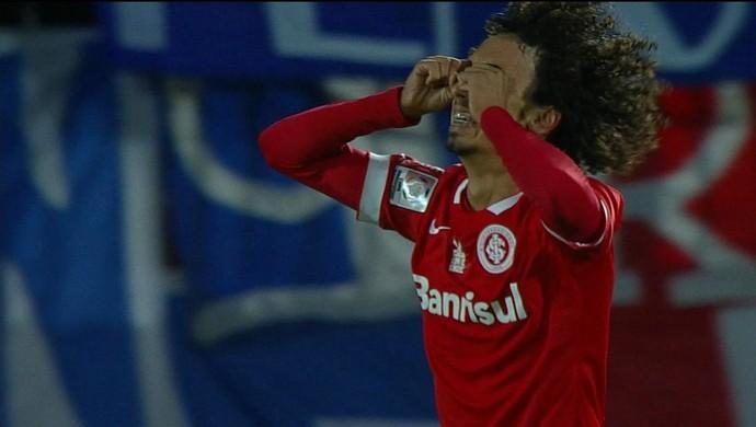 Valdívia Inter Universidad Católica Chile Libertadores choro  (Foto: Reprodução/RBS TV)