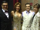Paolla Oliveira prestigia Claudia Raia no teatro